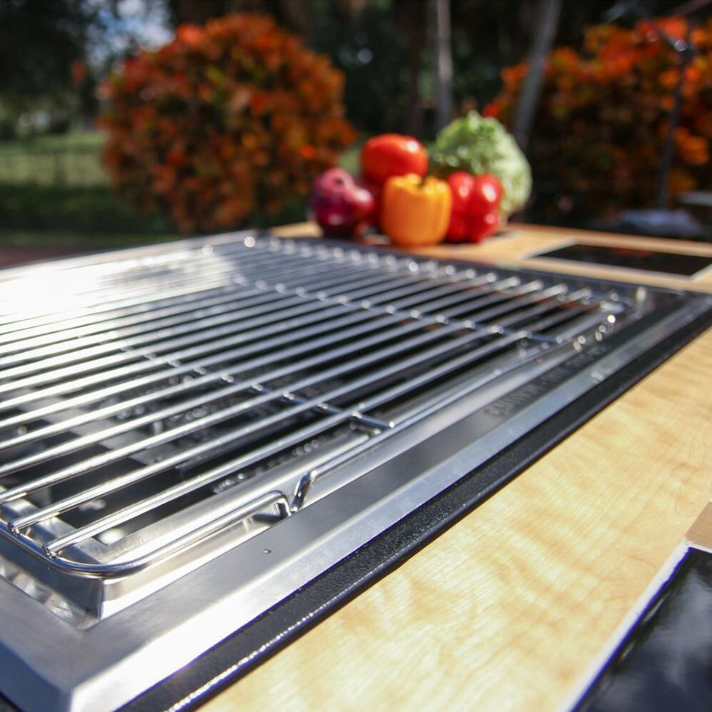 My Hibachi Bbq Flattop Grill Shown With Cooking Grate